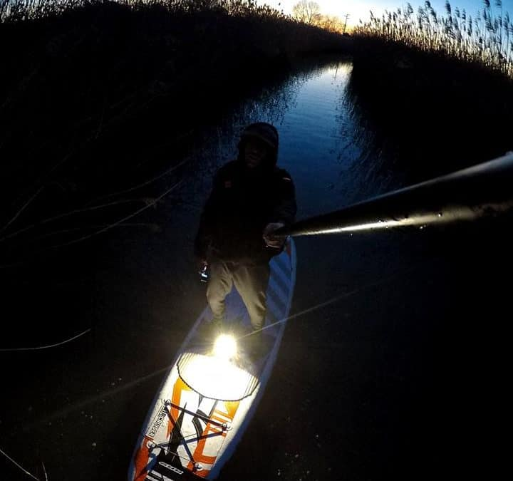 Francesco Leggio shoots SUP at dusk with Flymount